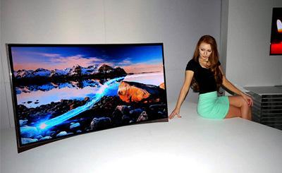 CES: Samsung világelső hajlított képernyős OLED TV