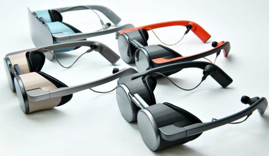 Formabontó külsővel jöhet a Panasonic VR-szemüvege