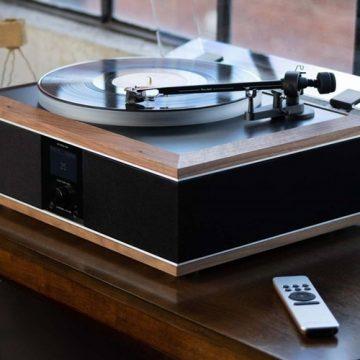 MODEL ONE Record Player – Múlt és jelen találkozása