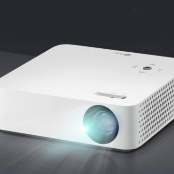 Száz hüvelykes képet vetít az új CineBeam projektor
