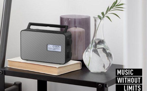 Kompakt rádiókat mutatott be a Panasonic