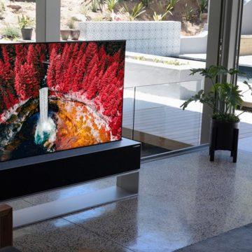 Könnyfakasztó áron jön a feltekerhető OLED tévé