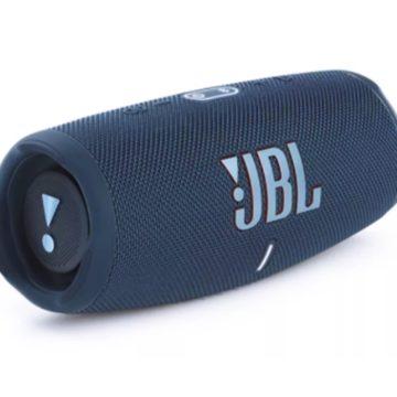 Újra szintet lép a JBL Charge Bluetooth hangkeltő