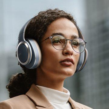 Hatvan órás üzemidőt ígér a Clear Audio új fülese